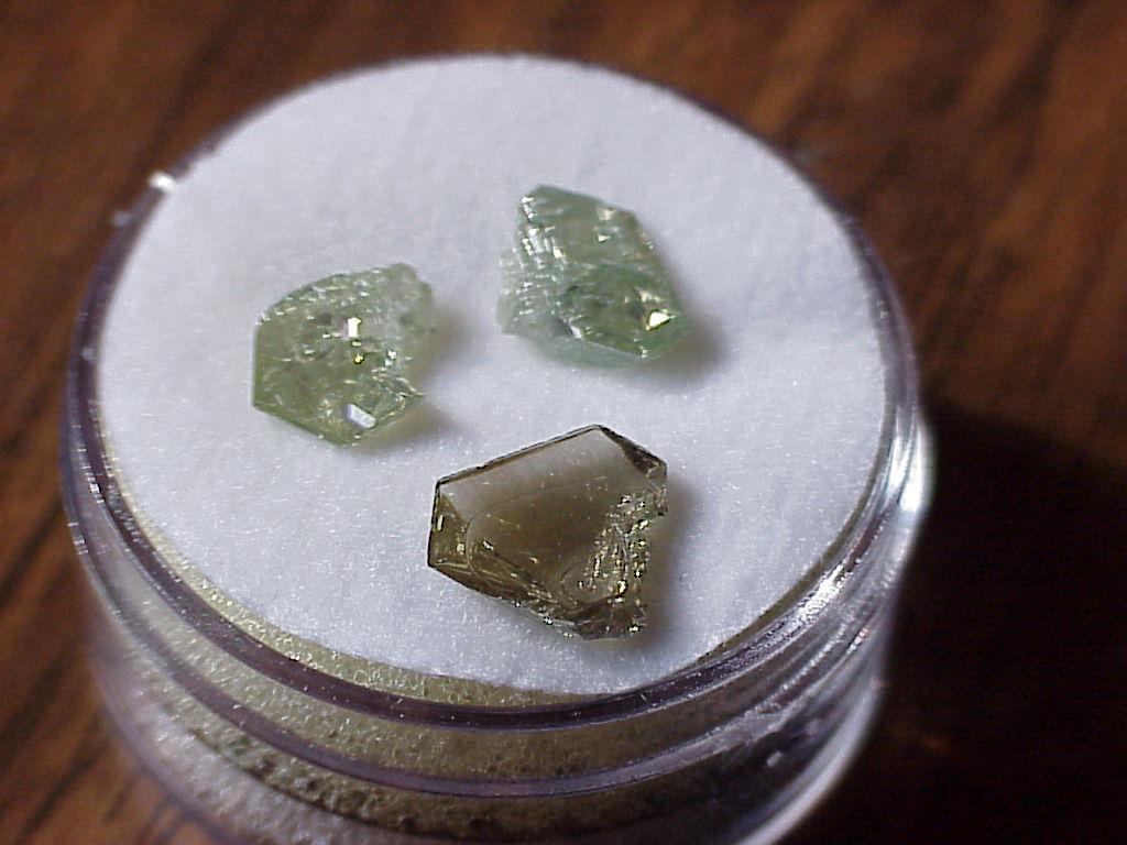 Муассанит  (синтетический камень)