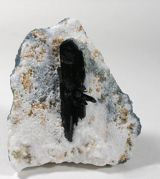 Нептунит