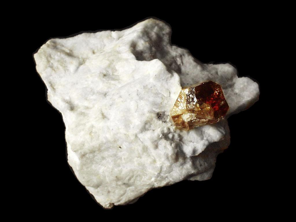 Гиацинт  (красно-оранжевых оттенков  циркон)